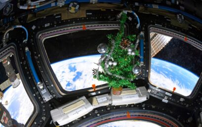 Astronauts experience New Year delivery 16 times!
